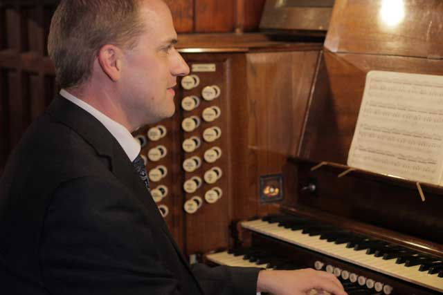 Organist For Hire