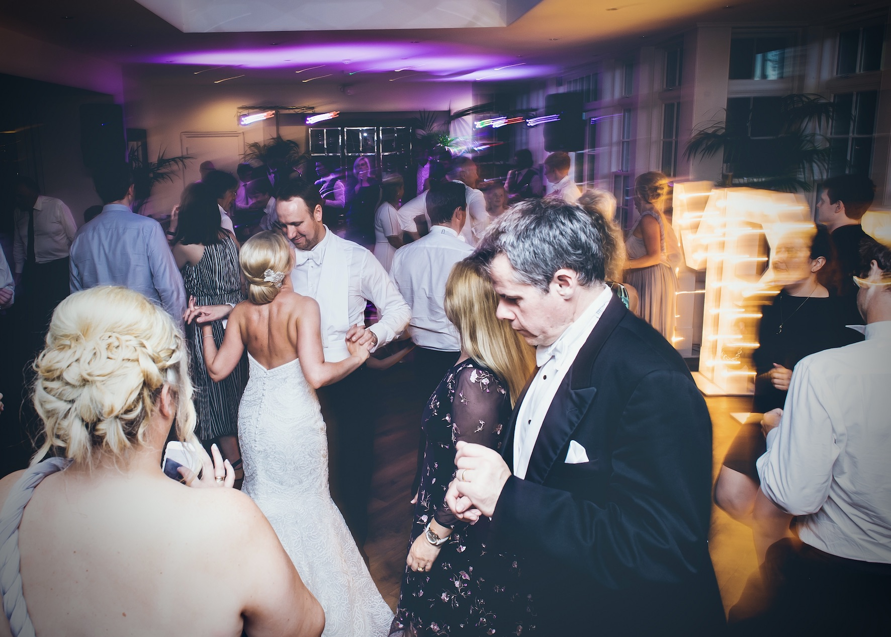 Booking your Cheshire Wedding Band | Finding the best wedding band in Manchester & the North West